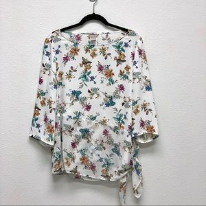 Chico's Floral 3/4 Sleeve Blouse 🧡